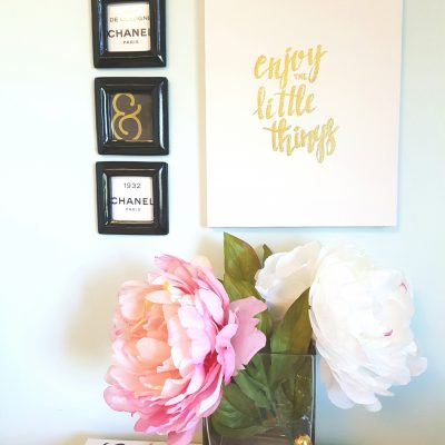 Quick and Easy DIY Gold Foil Canvas