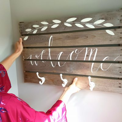 Easy DIY Lettering on Wood