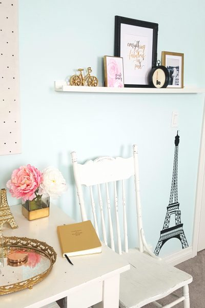 5 Tips to Style a Floating Shelf