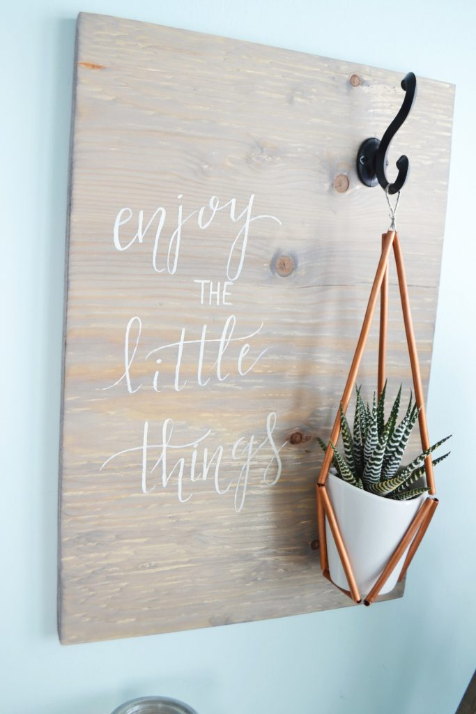 weathered-wood-stain-sign