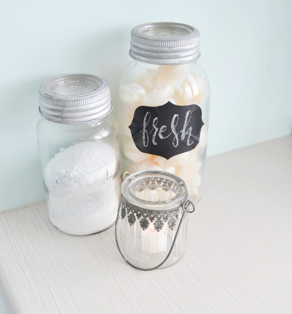 mason-jar-chalkboard-sign