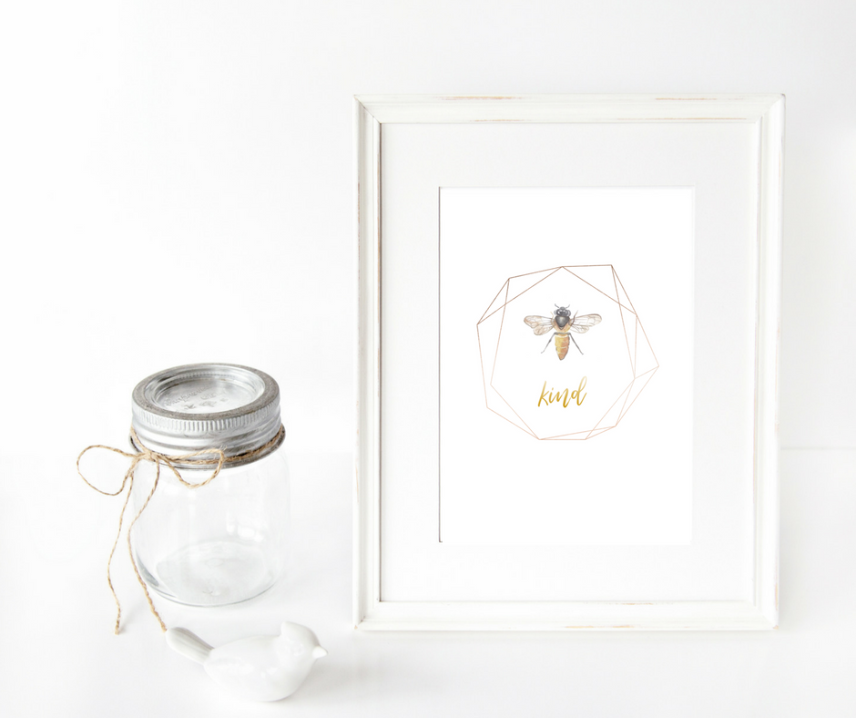 bee-kind-print-geometric-gold-print