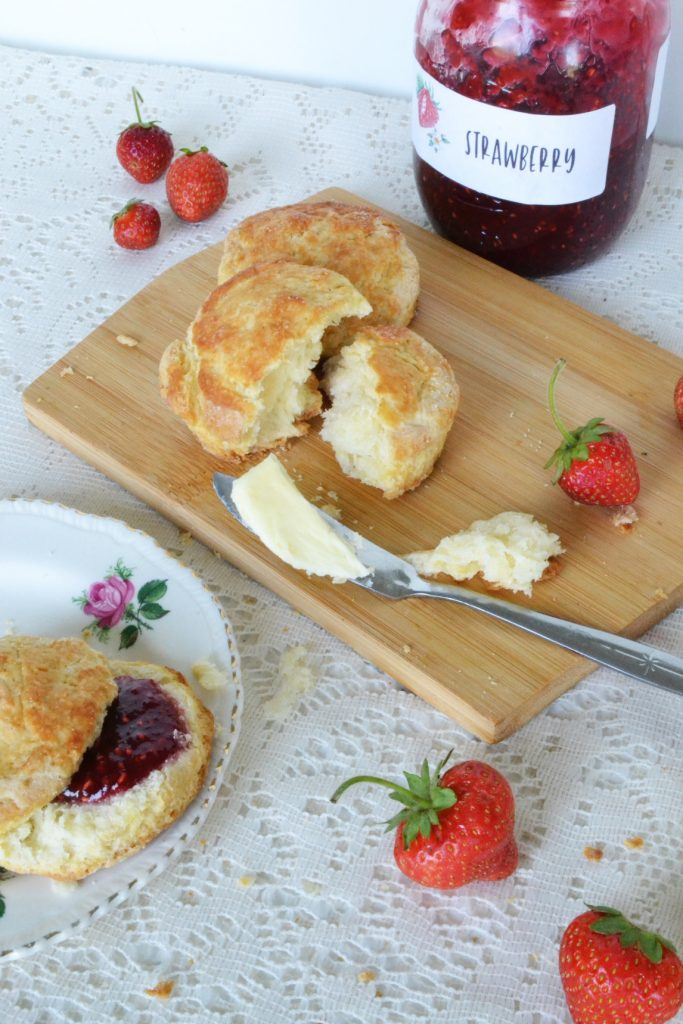 table-with-scone-strawberry-jam