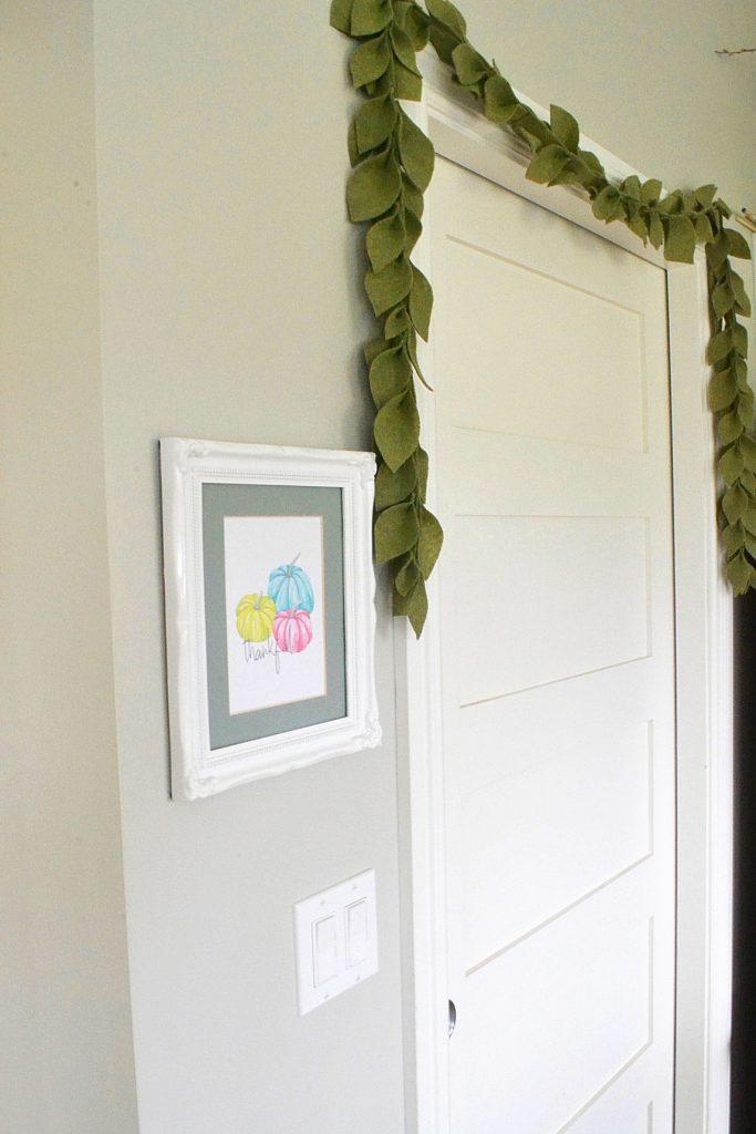 leaf-garland-hanging-doorframs