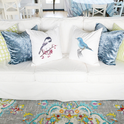A Guide to Decorating with Throw Pillows