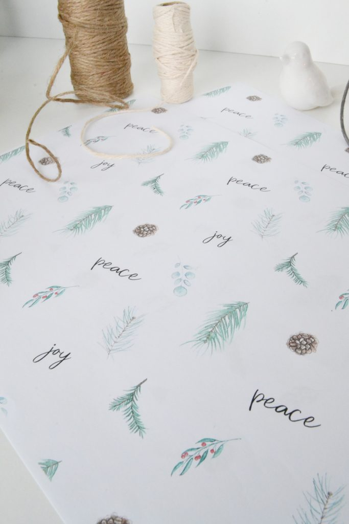 free-Christmas-wrapping-paper
