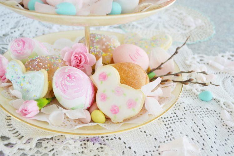 DIY Watercolor Rose Easter Egg Tutorial